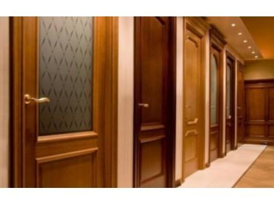 Виды отделки металлических входных дверей